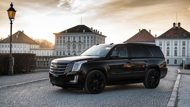 「AUTO攻略」壁纸精选 2018 Cadillac Escalade Black Edition