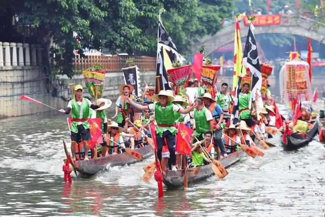 Dragon boat races around GZ 端午节来睇龙船!