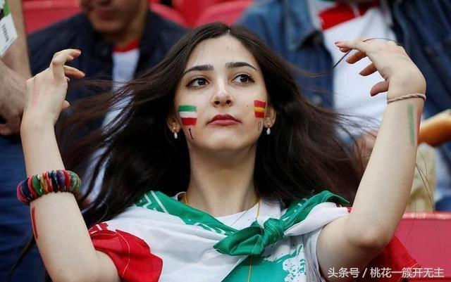 The most beautiful women~s soccer fans in every country