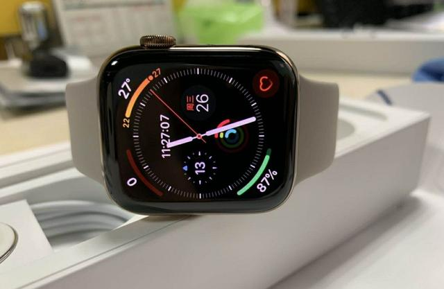 感觉今年apple watch比iphone要出彩得多