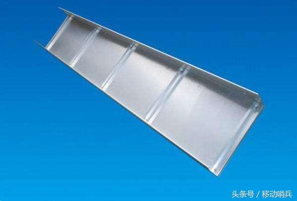 明线安装线槽图片_PVC线槽