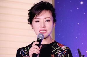 央视一姐王小丫,年近51岁,生活低调,罕见出镜沧桑了好多
