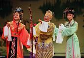 《红楼梦》里的情商高人,不是王熙凤,不是薛宝钗,而是低调的她