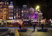阿姆斯特丹多数餐饮业启动资金来源不明